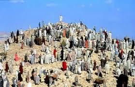 Emmanuel - Diante da Multidão